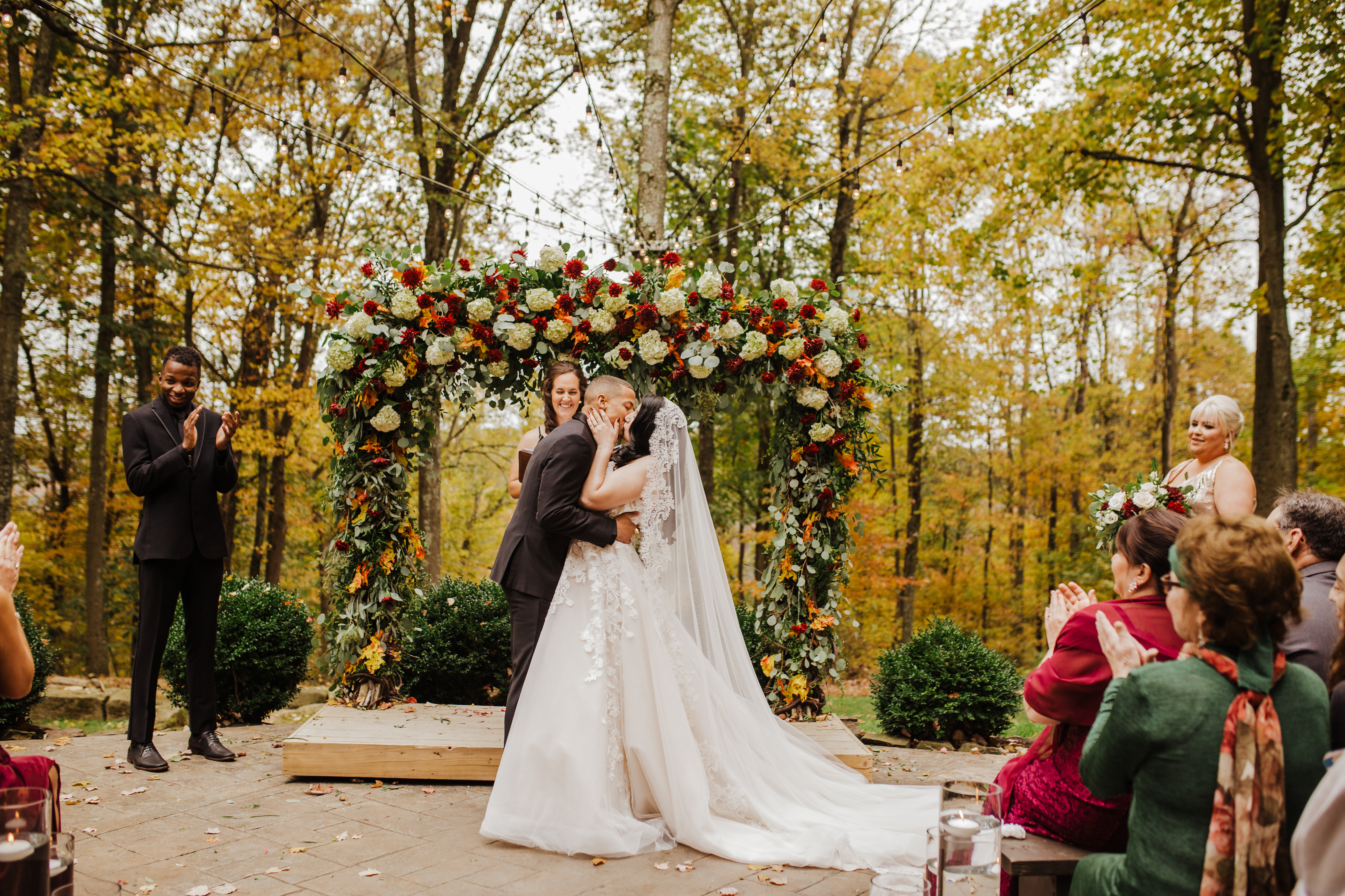 Lindsay Dawn Photography - Northeast Ohio Wedding & Destination Wedding Photographer